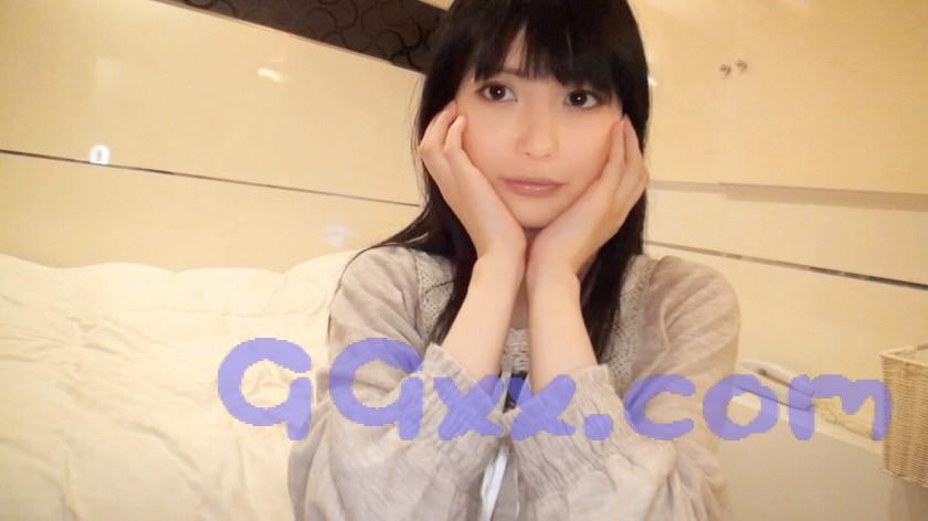 【盗撮動画】ネカフェで美女がオナニーをライブチャットを
